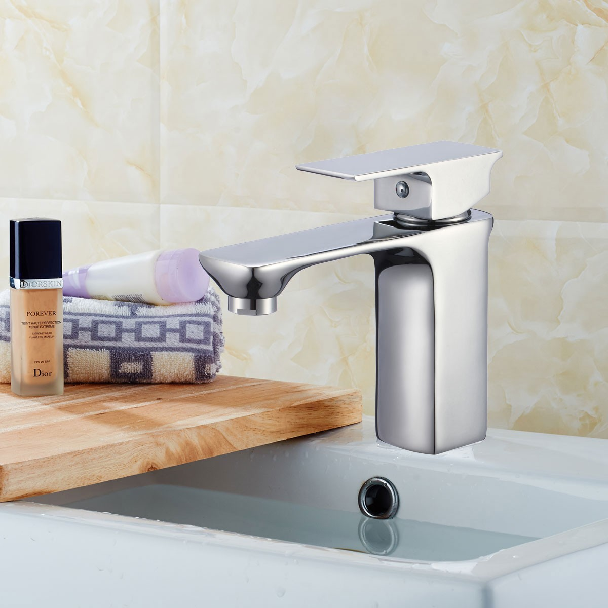 Basin&Sink Faucet - Single Hole Single Lever - Brass with Chrome Finish (81H36-CHR-007)