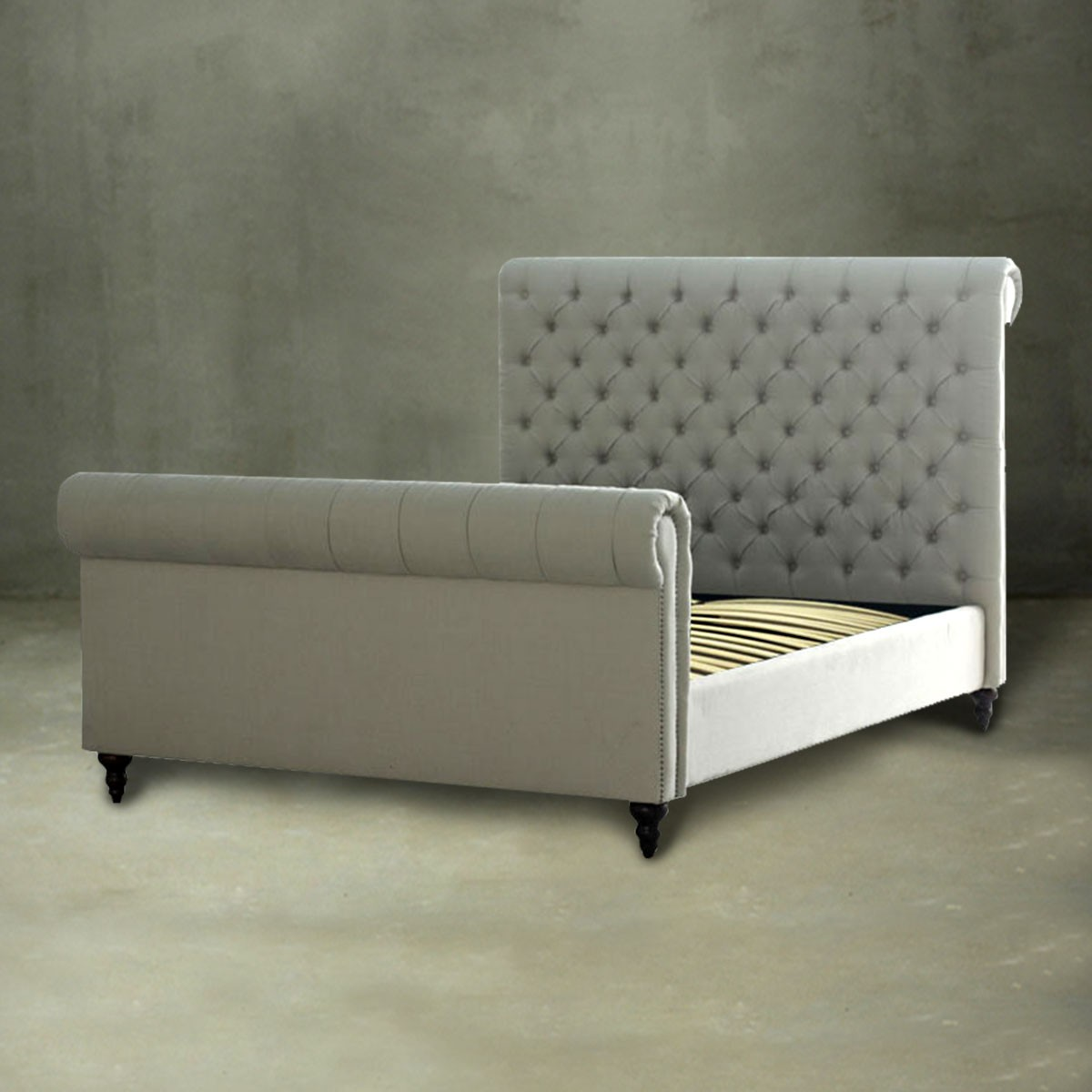 Queen Platform Bed with Tufted Upholstered Headboard (PJB09021)