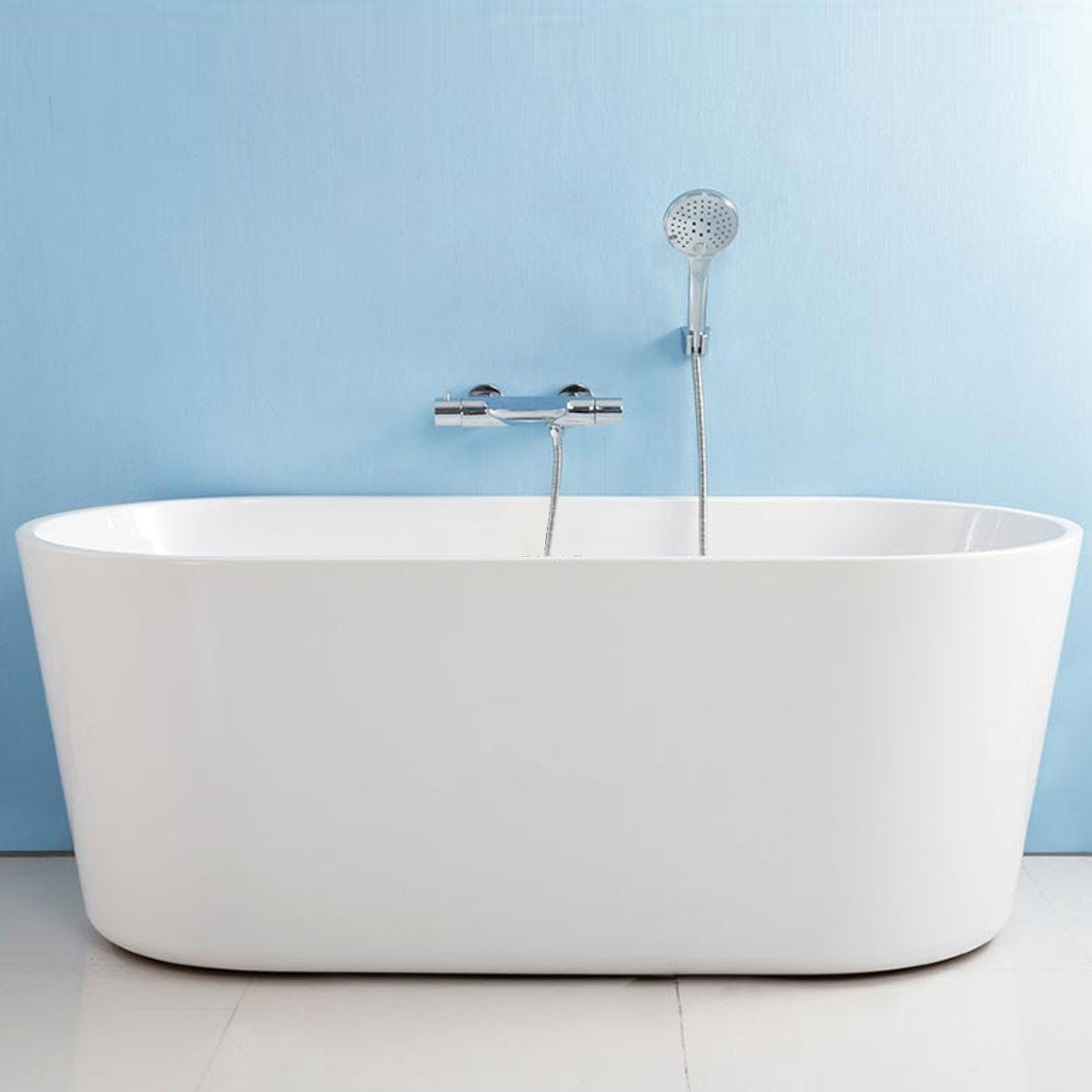 62 In Seamless White Acrylic Freestanding Bathtub (DK-AT-96675 ...