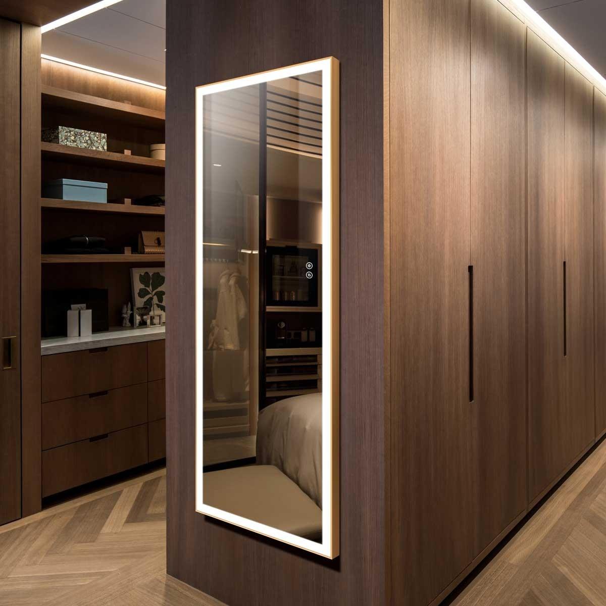 DECORAPORT 64 x 24 Po Miroir Chambre LED Pleine Longueur avec Bouton Tactile, Dorée de Luxe Légère, Luminosité Réglable, Lumière Froid & Chaud (D1803-6424)