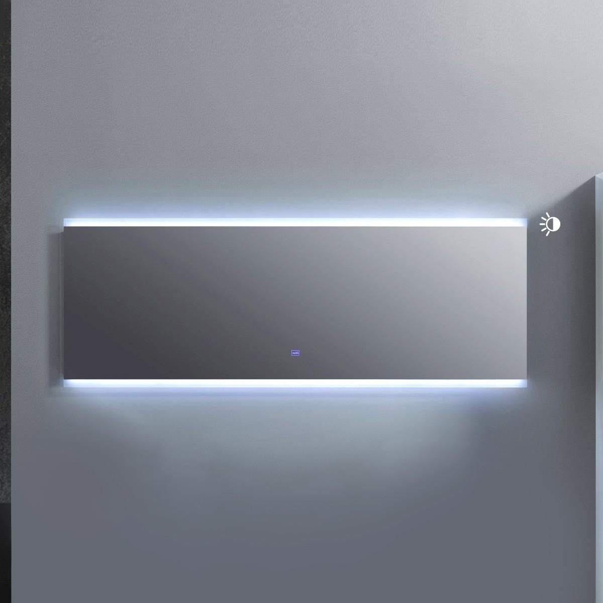 60 x 22 po Miroir à LED avec bouton tactile (AG1500D-M)