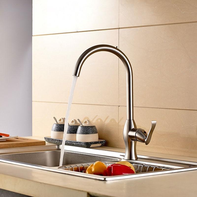 Robinet de cuisine en acier inoxydable sans plomb 250107 for Acier inoxydable cuisine
