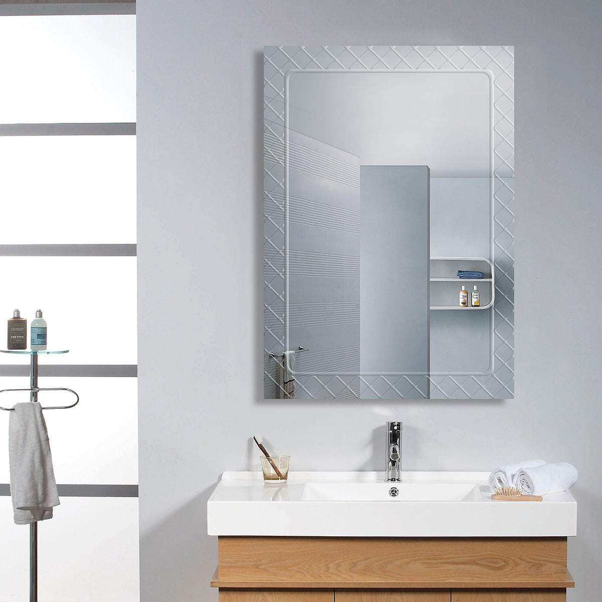 28 x 20 po miroir mural salle de bain classique for Miroir mural vertical