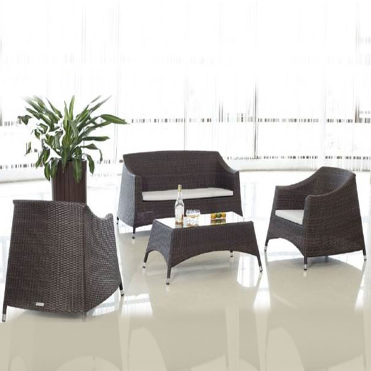 4-Pièce Salon de Jardin en Rotin avec Coussin: Causeuse, 2 Fauteuils, Table Basse (LLS-370)