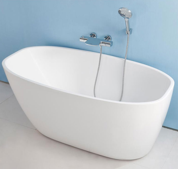 59 In Freestanding Bathtub Acrylic White DK YU 15575 Decoraport Canada