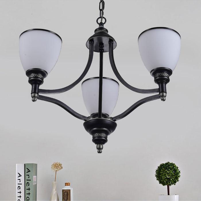 lustre en fer forg avec abat jour en verre 3 ampoules noir dk 5308 3s decoraport canada. Black Bedroom Furniture Sets. Home Design Ideas